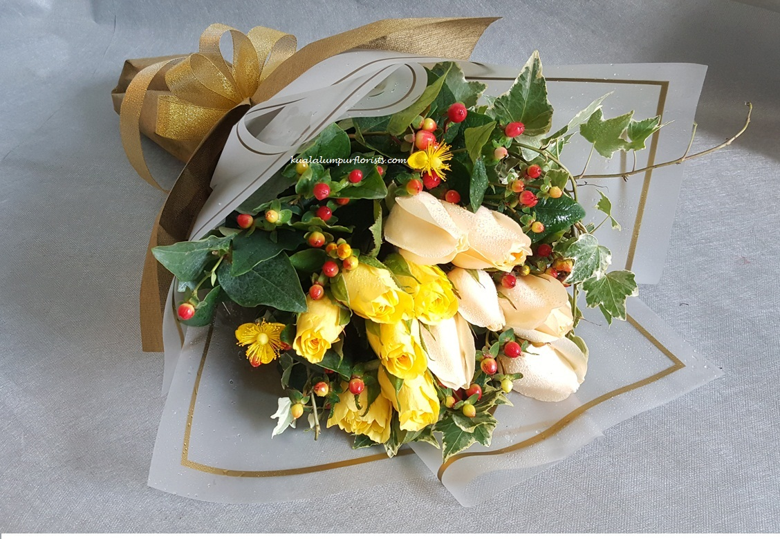 Champagne Rose Florist Malaysia Florist In Kl Send Flowers