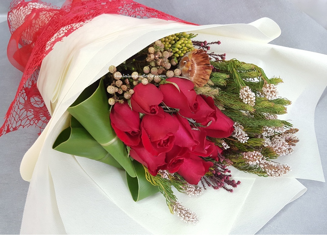 Klhb7301 Red Roses Mixed Bouquet Florist Malaysia Florist In