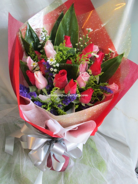 KLHB7351 (Red & pink roses)