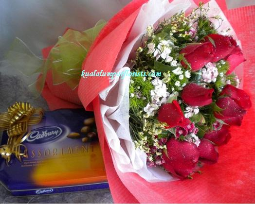 KLHB7397 (Red roses & choco)